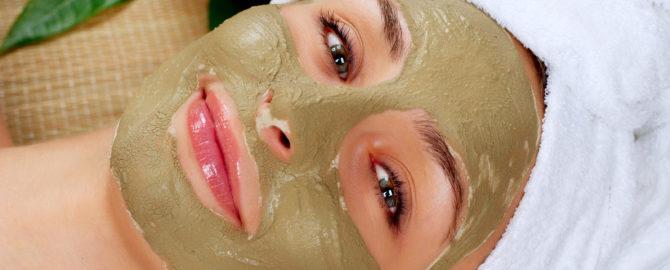 bigstock-Spa-Mud-Mask-Woman-in-Spa-Sal-42086701
